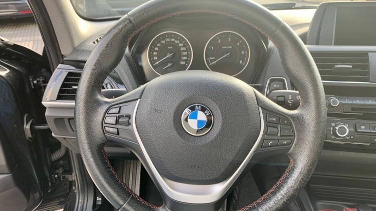 BMW Série 1 - 116 D Line Sport 5P